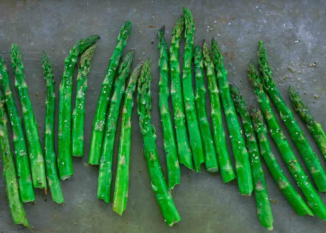 Oven Roasted Asparagus | Savorwithjennifer.com